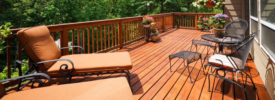 deck staining vancouver